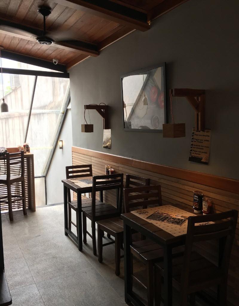 Hamburgueria Dom Gourmet Salão Superior 16