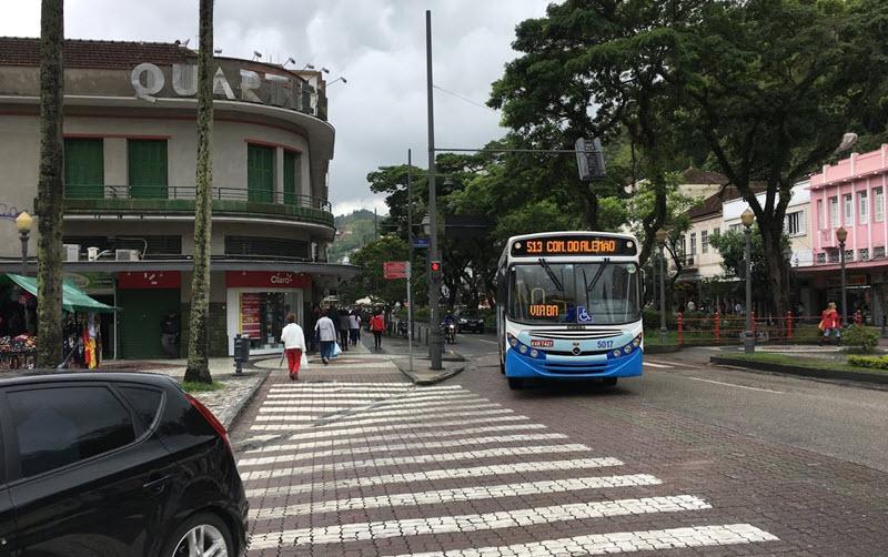 Ônibus direto Petrópolis